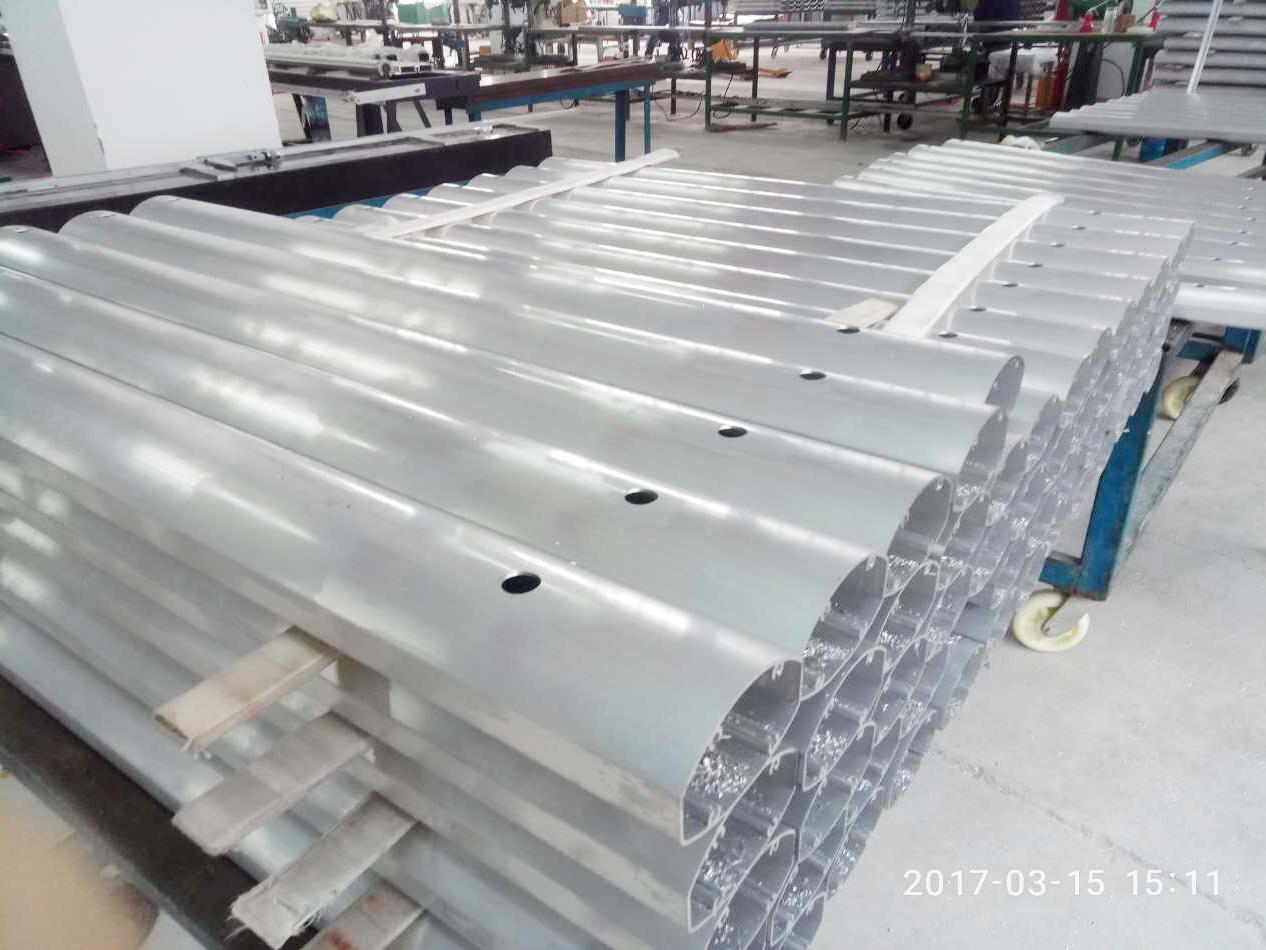 电子秤杆 立柱铝型材挤出、氧化、深加工处理